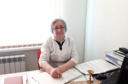 <p><strong>Заведующая родильного отделения Ахмедгаджиева Рукият Магомедовна</strong></p>